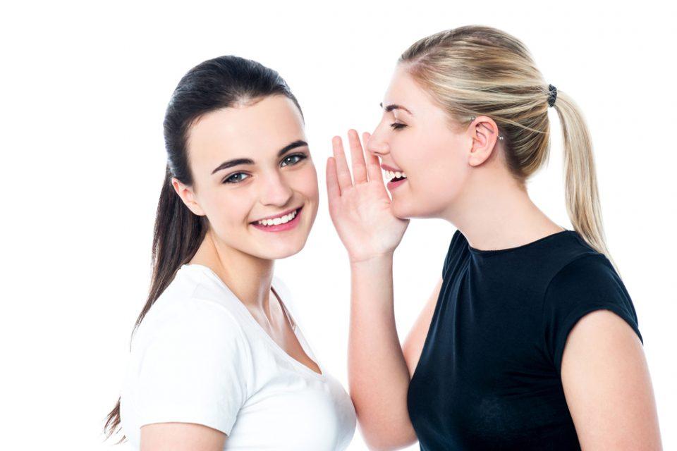 ۱۰ روش عالی برای تقویت مهارت شنیداری در انگلیسی Listening